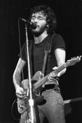 Bruce-Springsteen-75-2
