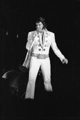 Elvis-Presley-1975-1