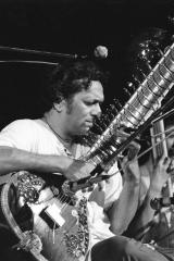 Ravi-Shankar-1-Woodstock-1969