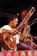 Ravi-Shankar-2-Woodstock-1969