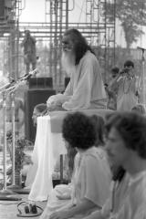Swami-Satchidnada-3-Woodstock-69